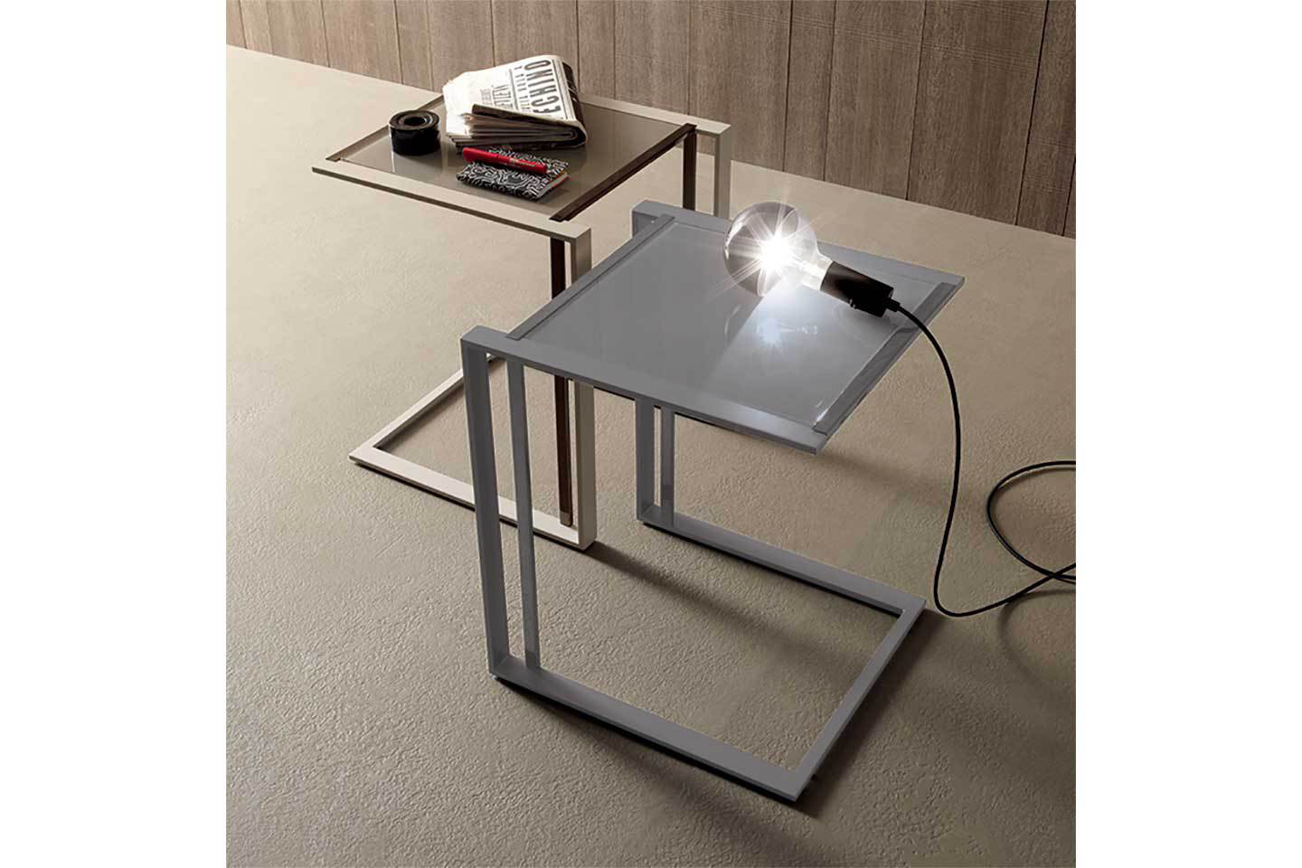Mobili Italia_COMPAR SQUARE side table