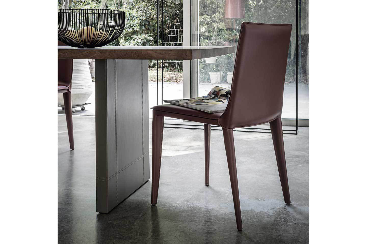Mobili Italia_Frag Latina side chair