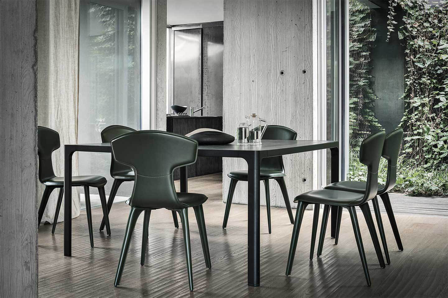 Mobili Italia_Frag ELE side chair