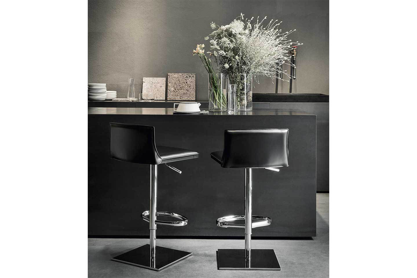 Mobili Italia_Frag LATINA GP counter stool